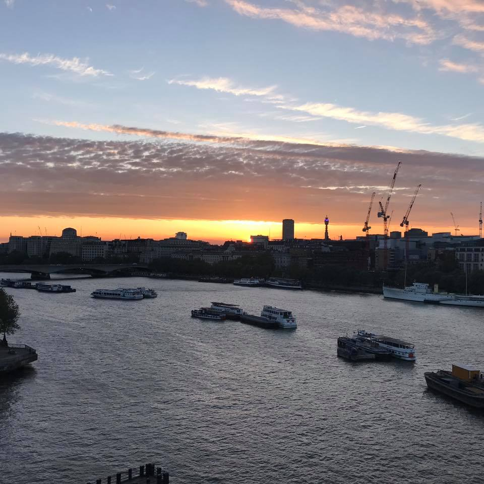 LONDYN PHOTO